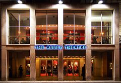 Fasada Abbey Theatre w 2006 roku