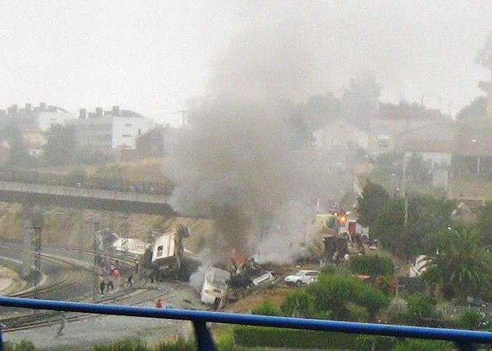 Accidente ferroviario de Angrois cerca de Santiago de Compostela - 24-07-2013