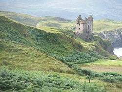 Across Kerrera with castle.jpg