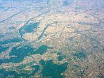 Aerial photograph of Paris, 20 April 2011 002.jpg