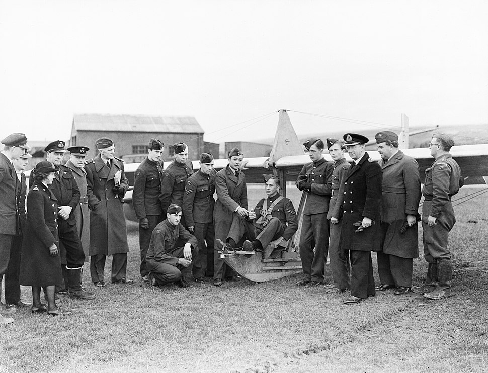 Air cadets learn the basics of flight at RNAS St Merryn in Cornwall, February 1944. A22064.jpg
