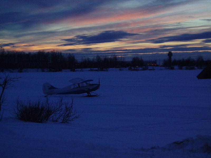 File:Ice skating on Campbell Lake. Anchorage, Alaska.jpg