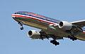 American Airlines.Boeing 777-223ER.2009.jpg