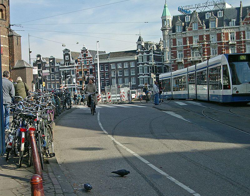 Amsterdam - Muntplein - panoramio.jpg