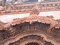 Anjos no portal das Capelas imperfeitas.jpg
