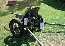 Anti-tank gun 45mm m1937 parola 5.jpg