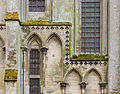 Architectural details cathedral Bayeux.jpg