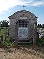 Attila utcai temető, családi sírbolt, 2018 Balatonboglár.jpg