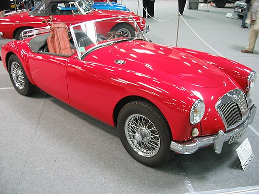 Automobile MG A 001