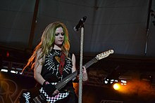 Avril Lavigne playing guitar, St. Petersburg.jpg