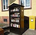 Bücherschrank - panoramio.jpg