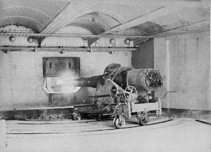 BL 6 inch gun Mk V - Image: BL 6 inch Mk V gun Georges Head 1892