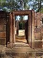 Banteay Srei 23.jpg