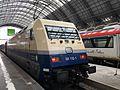 Baureihe101 112-1 Ozeanblau-Beige Frankfurt (Main)Hbf.JPG