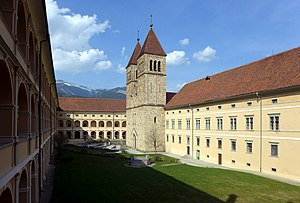 Seckau Abbey - Image: Benediktinerabtei Seckau, Äußerer Klosterhof