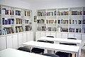 "Biblioteka ""Ilija Garašanin"", Grocka 01.jpg"