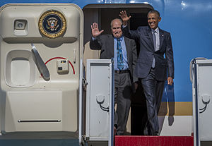 Bill Walker (American politician) - Walker with President Barack Obama in 2015