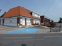 Boëseghem (Nord, Fr) mairie et école.JPG