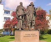 Statue de Tycho Brahe et Johannes Kepler à Prague, République tchèque.