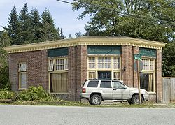 Brick Building in Hamilton WA.jpg