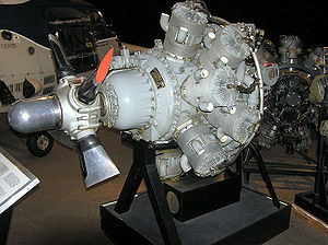 Bristol Hercules - Bristol Hercules engine. Note the absence of pushrods on the cylinders. Each cylinder has two exhaust ports on the front (short L-shaped tubes) and three intake ports on the back supplied through a single manifold.