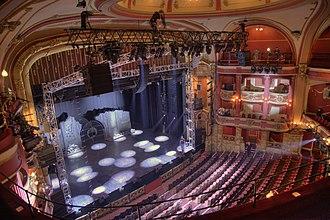 Bristol Hippodrome - Image: Bristol Hippodrome Auditorium Interior