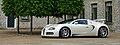 Bugatti Veyron (4663703959).jpg