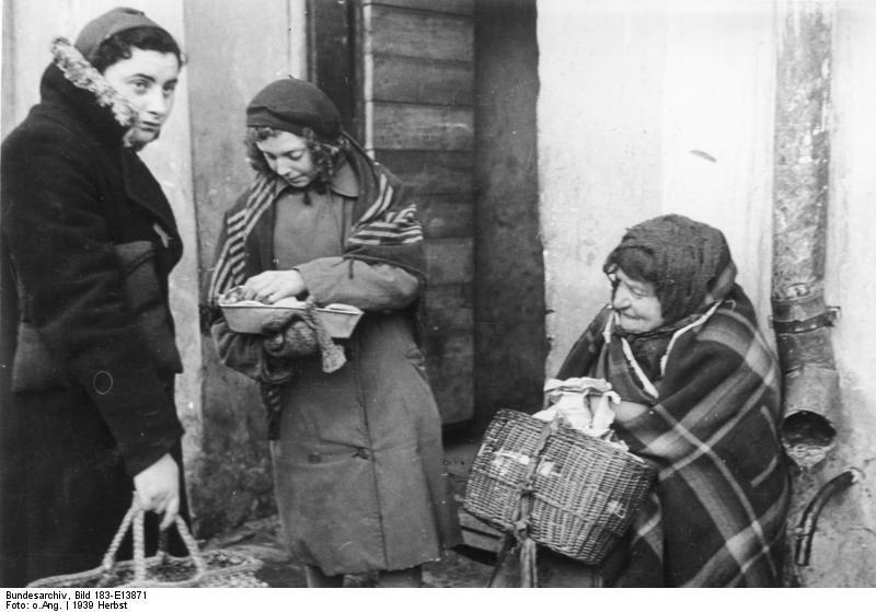 Bundesarchiv Bild 183-E13871, Polen, Ghetto Lublin, jüdische Frauen