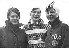 Bundesarchiv Bild 183-F0212-0034-001, Sabine Klingbeil, Herlind Hürdler, Ruth Schleiermacher