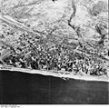 Bundesarchiv Bild 195-0474, Rheinbefliegung, Erpel.jpg