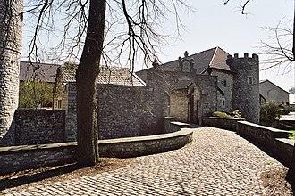 Raeren - Image: Burg Raeren 02