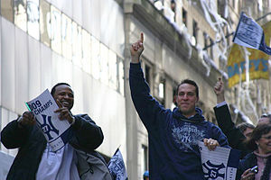 English: CC Sabathia (left) and Mark Teixeira