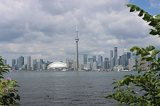 Toronto waterfront - View of Toronto's waterfront and Downtown Toronto from the Toronto Islands.