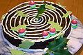 Cake moelleux au chocolat décoré.jpg