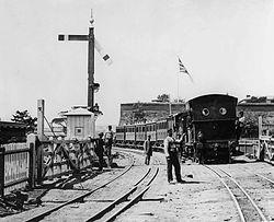 Cape Town dual gauge ca 1880 bw.jpg