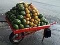 Carreta de aguacate mandarina.jpg