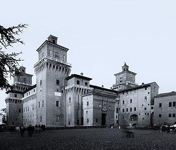 Castello estense by Michele Bui.jpg