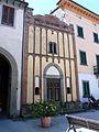 Castiglione di Garfagnana-piazza del municipio3.jpg