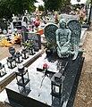 Cemetery in Murowana Goślina Angel.jpg