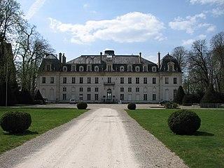 Vaux-le-Pénil Commune in Île-de-France, France
