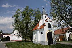 Chapel in Dívčice (2).JPG