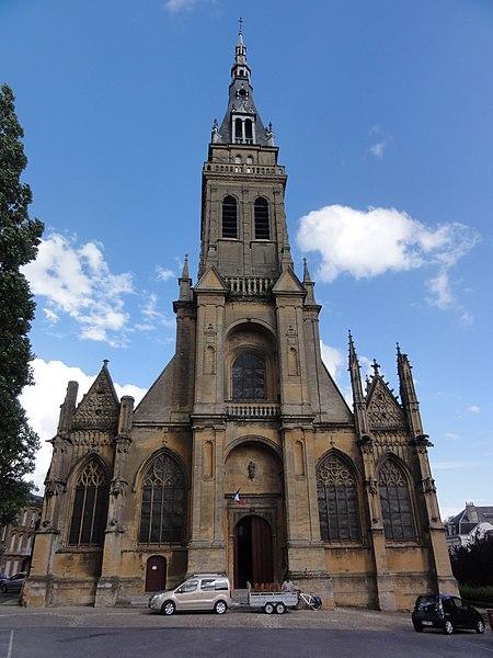 Charleville-Mézières, Basilique Notre-Dame-d'Espérance de Mézières