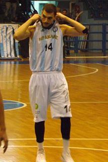 basketball player (1990-)