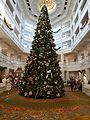 Christmas Tree at Grand Floridian (31667722515).jpg
