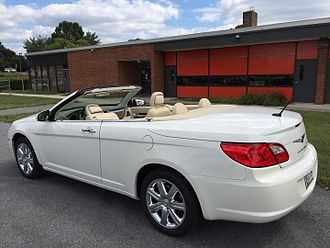 2008-2010 Chrysler Sebring Chrysler Sebring convertible (third generation - JS) top down white 2of3.jpg