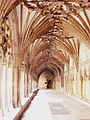 Cloister at Canterbury Cathedral.JPG
