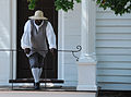 Colonial Man Williamsburg (4664959681).jpg
