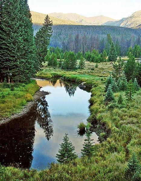 File:Colorado River Sunrise, RMNP 8-12 (16011524876).jpg