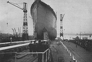 RMS Homeric (1913) - The Columbus being launched.