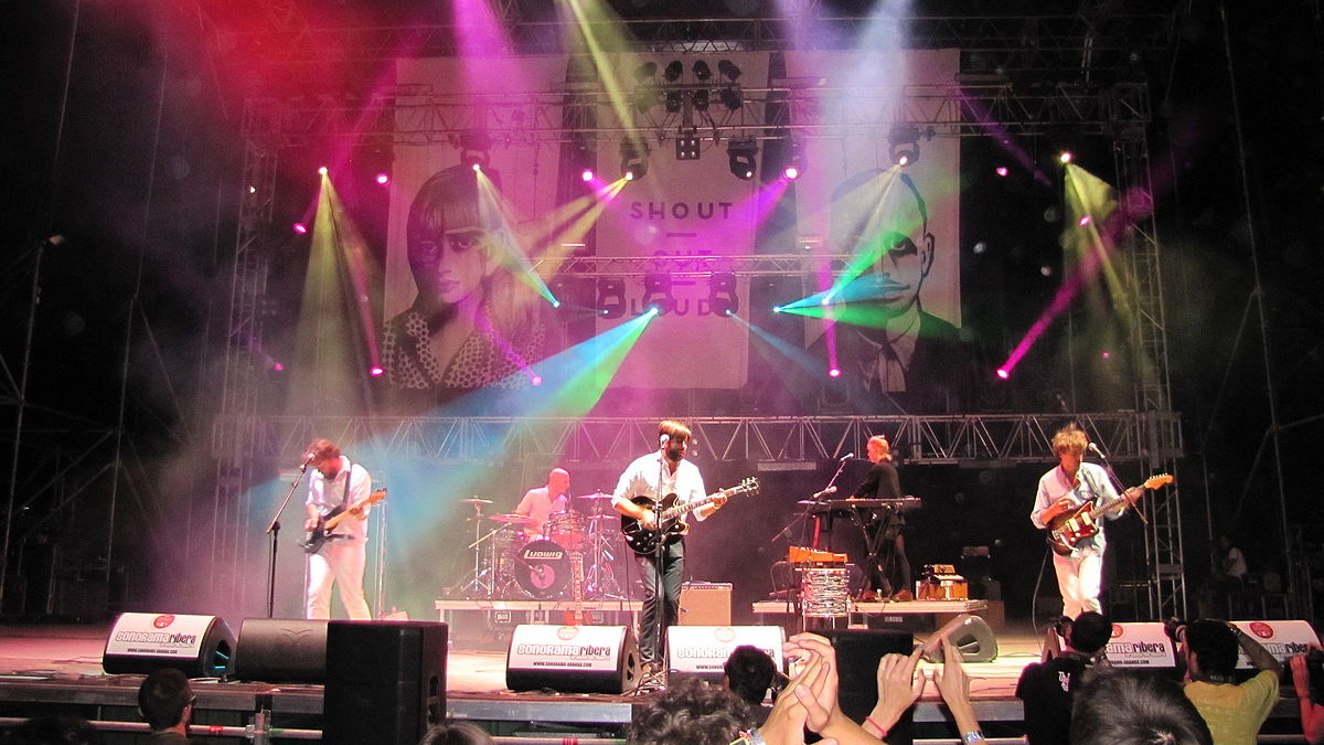 Shout Out Louds - Wikipedia